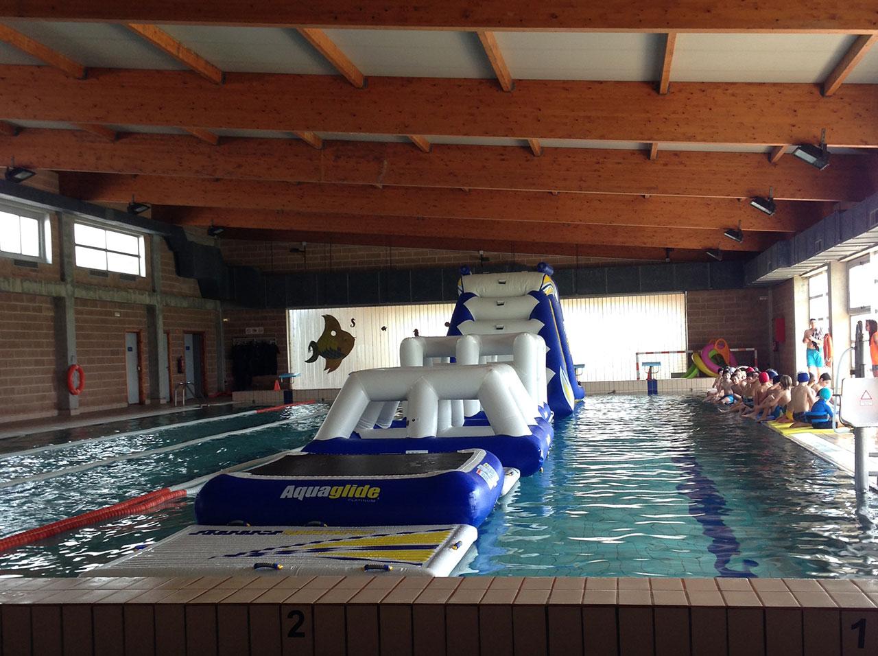 Piscinas de 25 metros aqua enjoy mallorca for Piscina 25 metros